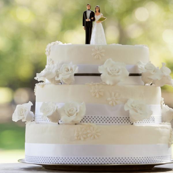 nysted-bageri-festlige-lejligheder-bryllupskage