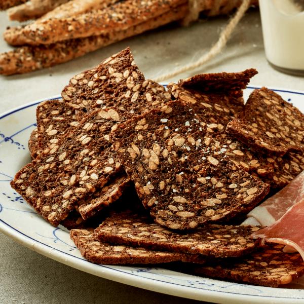 nysted-bageri-tapas-og-den-lille-sult-rugbroedschips